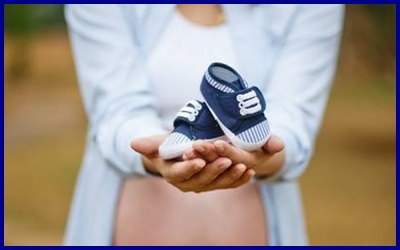 Pedimos al próximo gobierno prioridad en las políticas de familia ante la continua caída de la natalidad